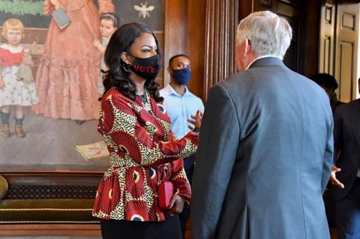 ST LOUIS MAYOR TISHAURA JONES MEETS MISSOURI GOVERNOR MIKE PARSON IN CAPITAL